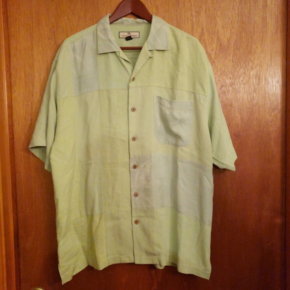 Tommy Bahama Other - Tommy Bahama green patchwork embossed shirt